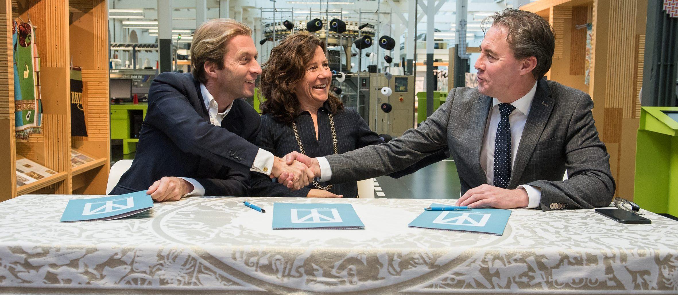 Wethouder Marcelle Hendrickx en directeur Errol van de Werdt