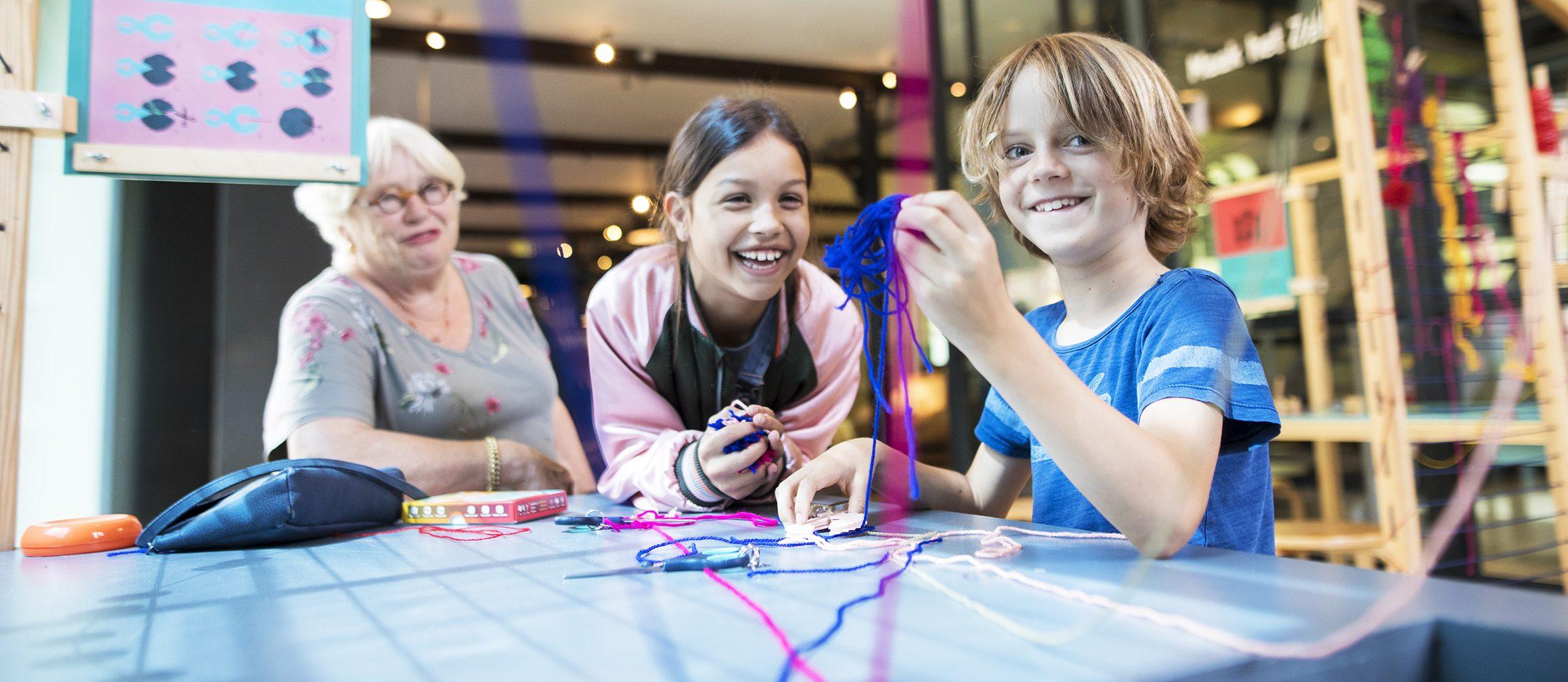 Kinderen in het TextielMuseum