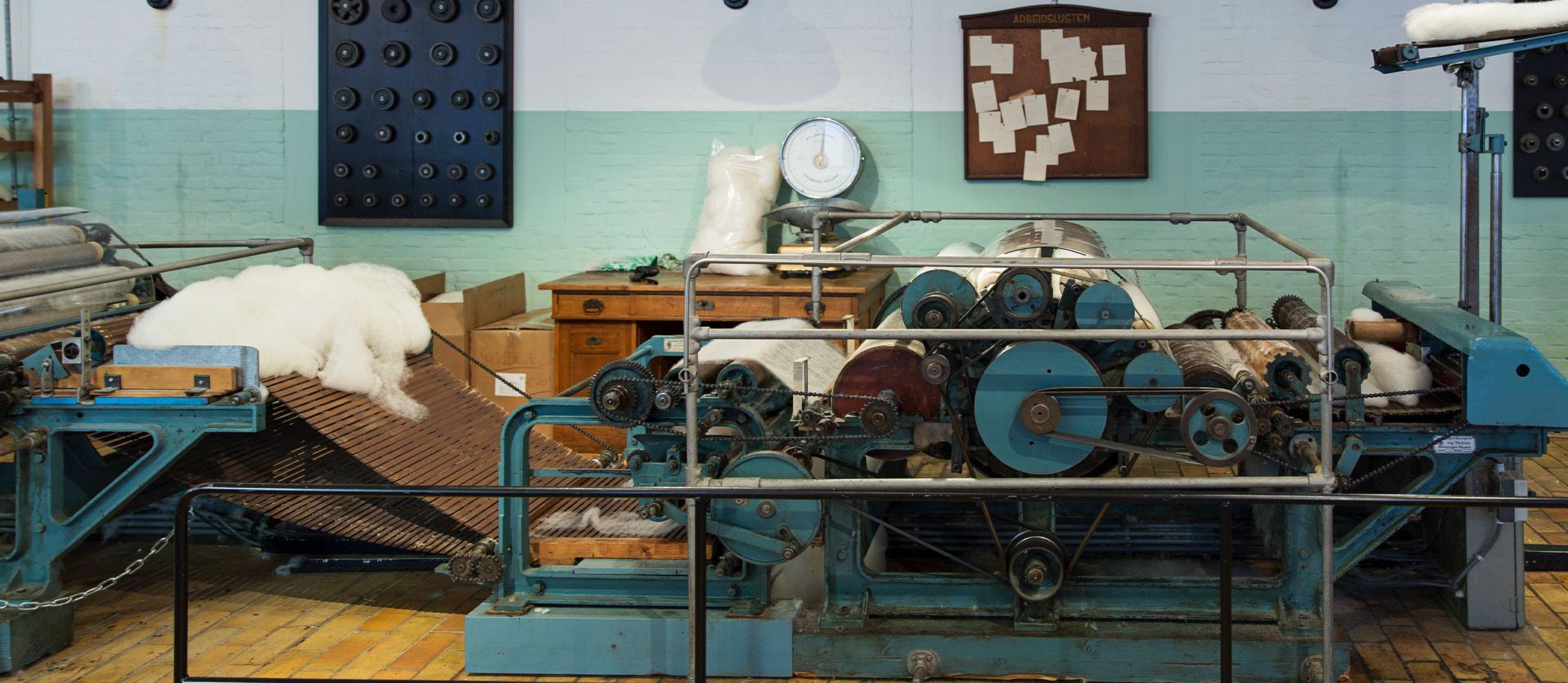 oude machine wollendekenfabriek TextielMuseum